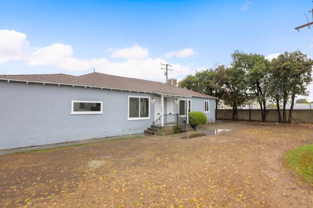 563 N Welch Drive, Tulare, CA 93274 (#201921) :: Martinez Team