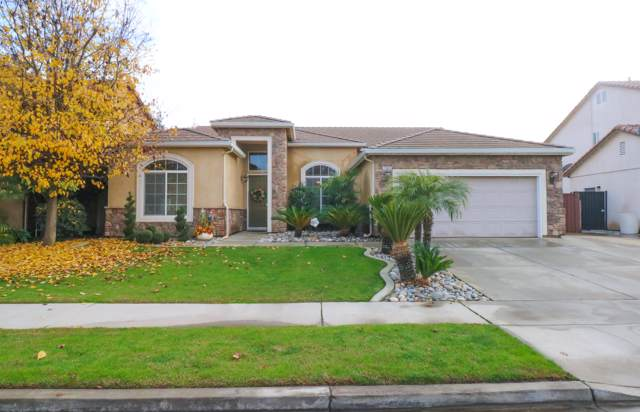 1923 Alexander Avenue, Tulare, CA 93274 (#201996) :: The Jillian Bos Team