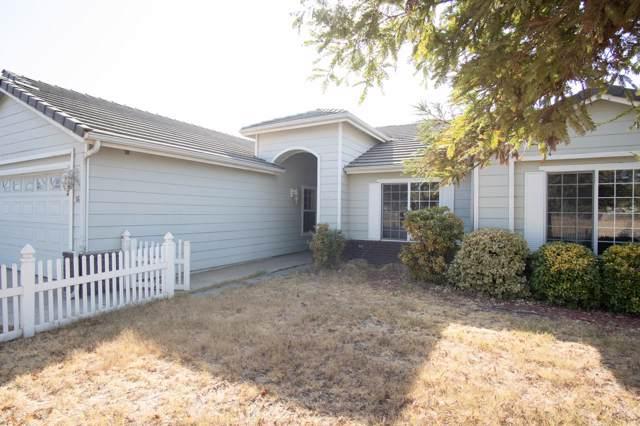 1675 Pioneer Avenue, Porterville, CA 93257 (#202002) :: Martinez Team