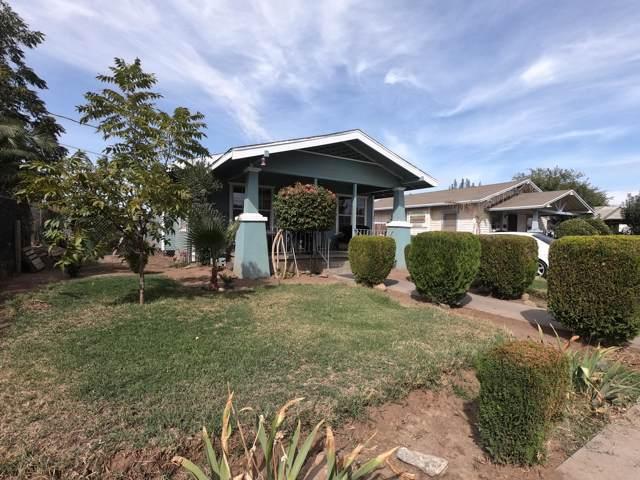 1043 E Elizabeth Way, Dinuba, CA 93618 (#202111) :: The Jillian Bos Team