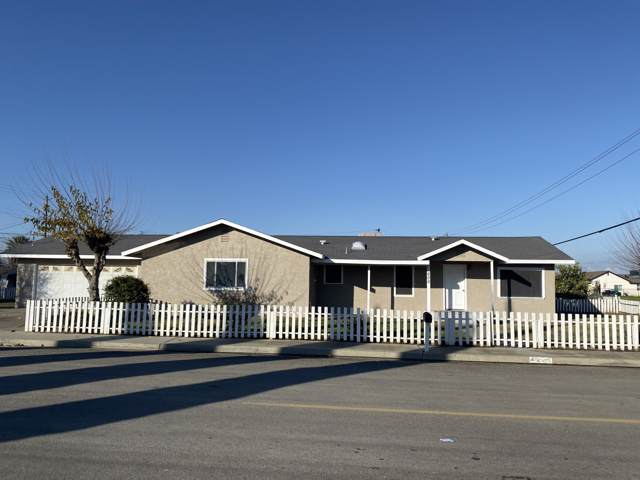 600 Brokaw Avenue, Corcoran, CA 93212 (#202177) :: The Jillian Bos Team