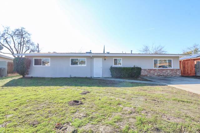 281 W Spring Lane, Lemoore, CA 93245 (#202184) :: Martinez Team