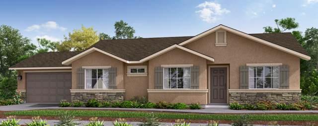 2684 Mccomb Avenue, Porterville, CA 93257 (#202564) :: Martinez Team