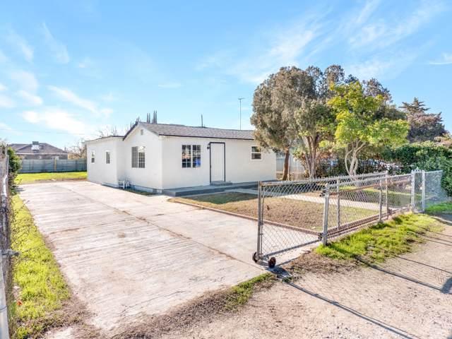 891 E Davis Street, Pixley, CA 93256 (#202567) :: Martinez Team