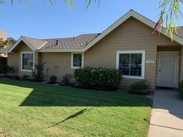1200 N Laspina Street, Tulare, CA 93274 (#202637) :: The Jillian Bos Team