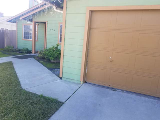 959 E Lavonia, Pixley, CA 93256 (#202648) :: The Jillian Bos Team