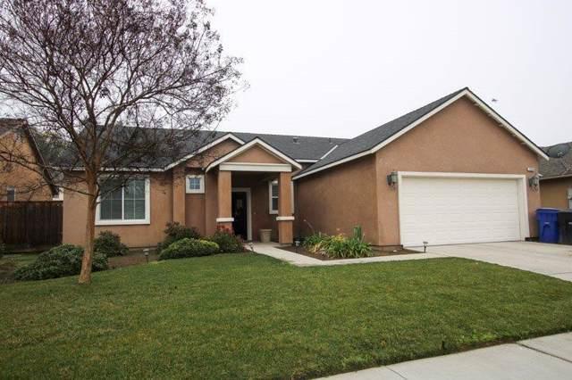 1070 Heather Avenue, Dinuba, CA 93618 (#202781) :: Martinez Team