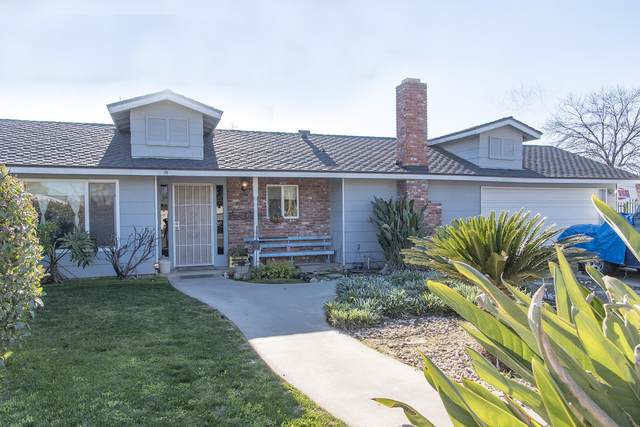 787 N Arbor Court, Tulare, CA 93274 (#203087) :: Robyn Icenhower & Associates