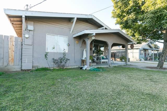 635 S Short Avenue, Dinuba, CA 93618 (#203114) :: Martinez Team