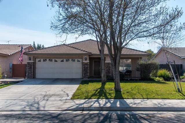 1201 W Canyon Way Way, Hanford, CA 93230 (#203153) :: Martinez Team