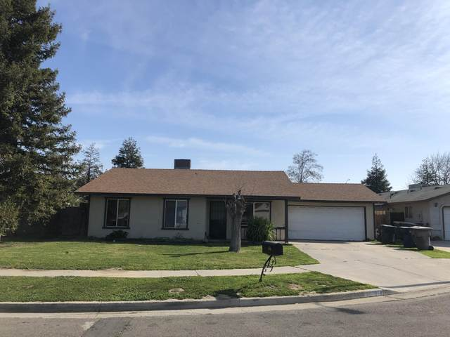 918 S U Street, Tulare, CA 93274 (#203162) :: The Jillian Bos Team