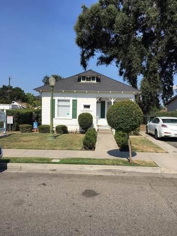819 S Bridge Street, Visalia, CA 93277 (#203203) :: Martinez Team