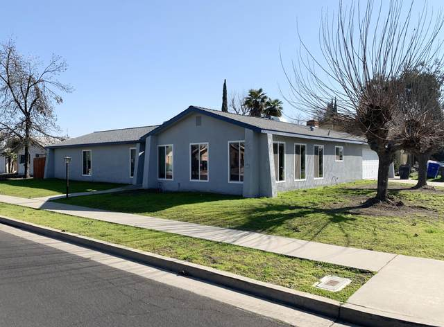 299 W Birch Avenue, Hanford, CA 93230 (#203211) :: Martinez Team