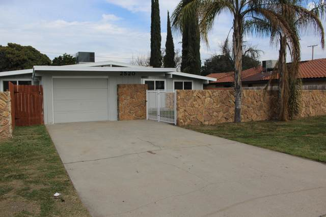 2520 W Tulare Avenue, Visalia, CA 93277 (#203281) :: The Jillian Bos Team