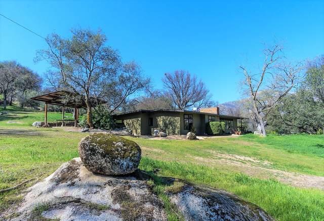 43428 Alta Acres Drive, Three Rivers, CA 93271 (#203409) :: The Jillian Bos Team