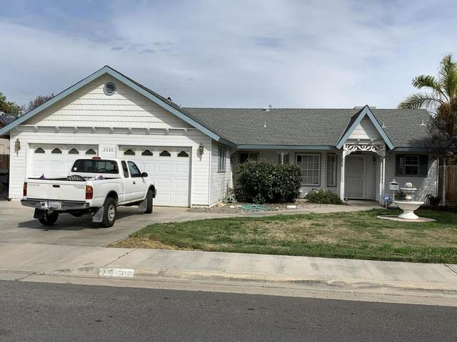 2236 W Roby Avenue, Porterville, CA 93257 (#203570) :: The Jillian Bos Team