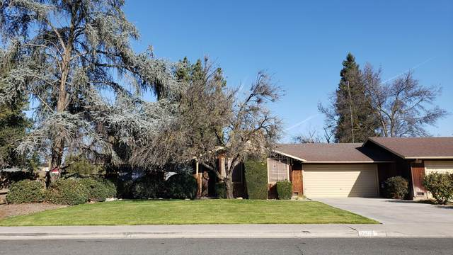 2000 E Vassar Avenue, Visalia, CA 93292 (#203654) :: The Jillian Bos Team