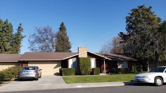 2006 E Vassar Avenue, Visalia, CA 93292 (#203655) :: The Jillian Bos Team