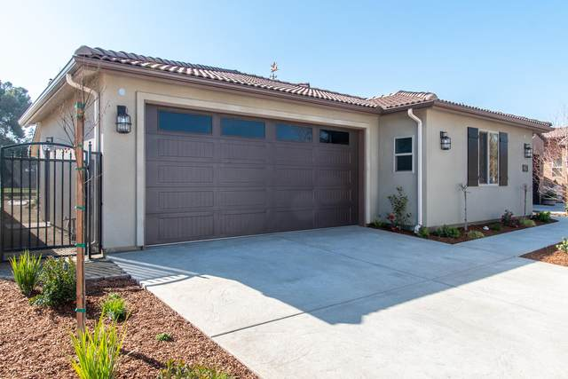 594 Little Lane, Exeter, CA 93221 (#203664) :: Martinez Team
