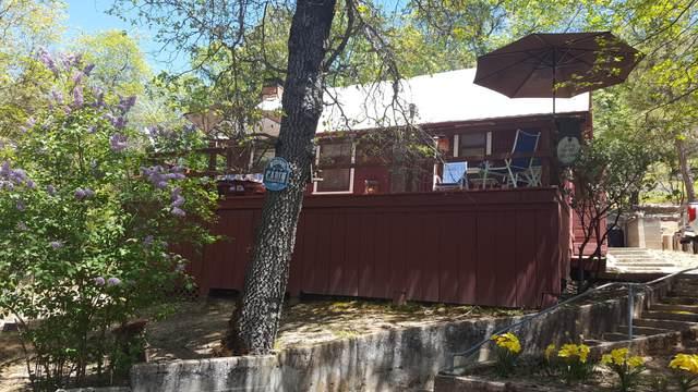 386 Oakwood Road, California Hot Spgs, CA 93207 (#203711) :: The Jillian Bos Team