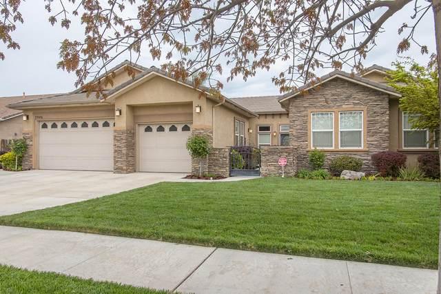 5946 W Robin Avenue, Visalia, CA 93291 (#203871) :: The Jillian Bos Team