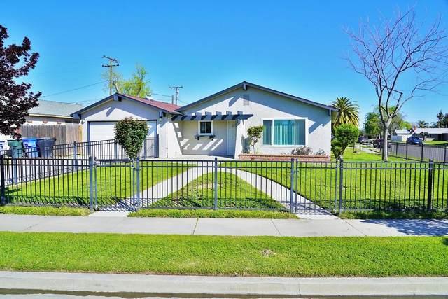 1604 Oriole Street, Hanford, CA 93230 (#203949) :: Martinez Team