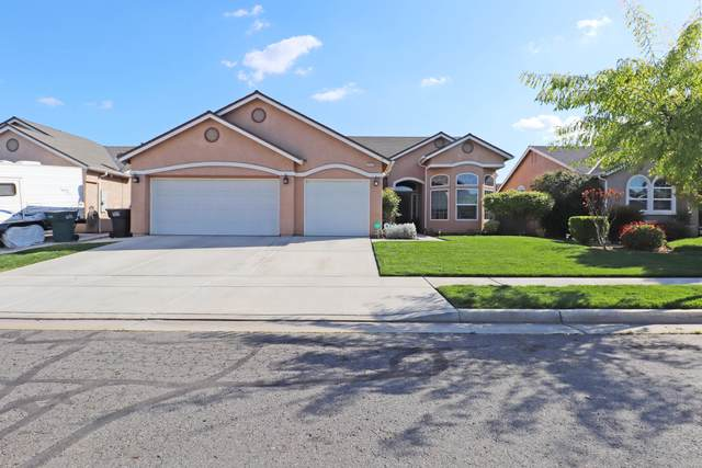 2375 Kaiser Creek Avenue E, Tulare, CA 93274 (#203951) :: The Jillian Bos Team