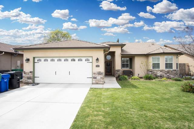 333 S Parkwest Street, Porterville, CA 93257 (#203957) :: The Jillian Bos Team