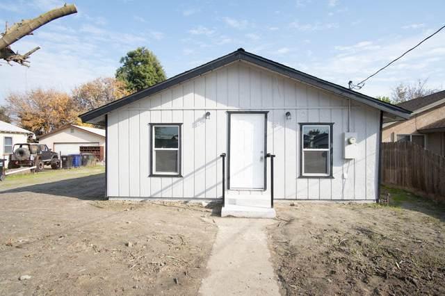1911 Estes Avenue, Corcoran, CA 93212 (#203996) :: Martinez Team
