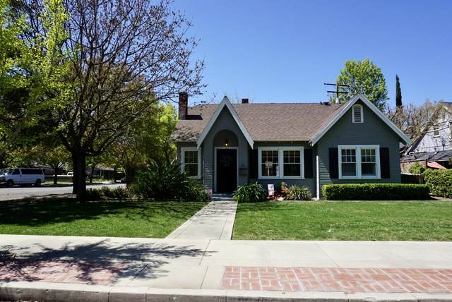 107 S Divisadero Street, Visalia, CA 93291 (#204024) :: Martinez Team