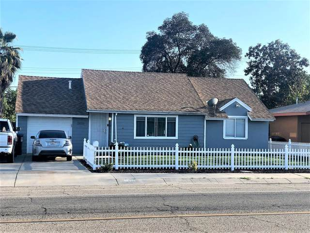 2539 W Tulare Avenue, Visalia, CA 93277 (#204036) :: Martinez Team