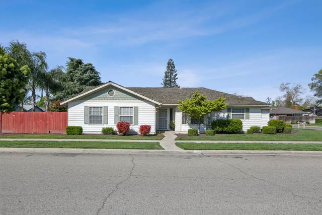 1809 N Enos Street, Visalia, CA 93292 (#204053) :: The Jillian Bos Team