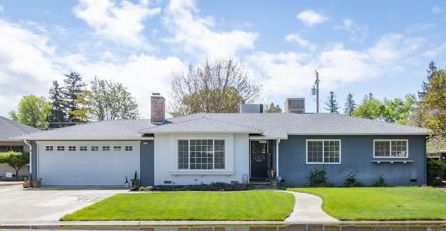 1029 W Howard Avenue, Visalia, CA 93277 (#204089) :: The Jillian Bos Team