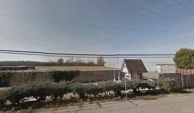 10034 14th Avenue, Hanford, CA 93230 (#204161) :: The Jillian Bos Team
