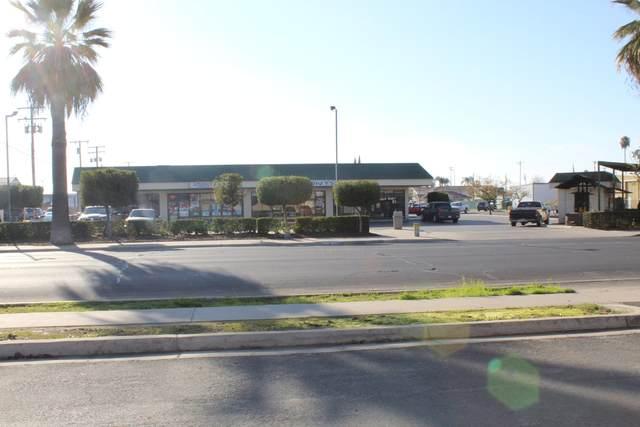 350 W Hermosa Street, Lindsay, CA 93247 (#204392) :: Martinez Team