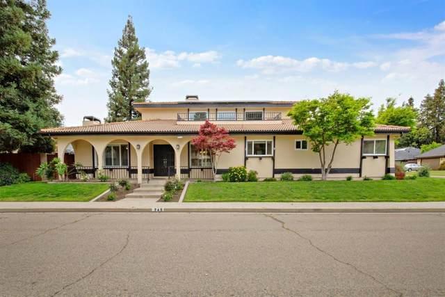 749 N Vista Street, Visalia, CA 93292 (#204415) :: The Jillian Bos Team