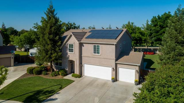 1777 Pinot Court, Tulare, CA 93274 (#204434) :: The Jillian Bos Team
