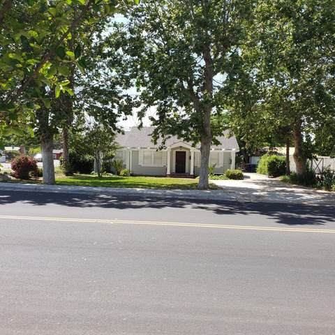 627 N Cherry Street, Tulare, CA 93274 (#204498) :: The Jillian Bos Team