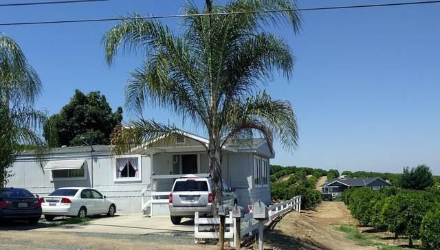 9509 Road 272, Terra Bella, CA 93270 (#204499) :: Martinez Team