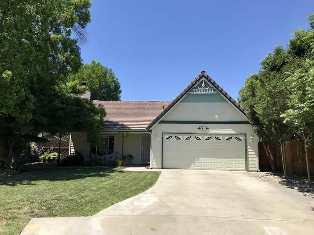 815 S Pinkham Street, Visalia, CA 93292 (#204653) :: The Jillian Bos Team