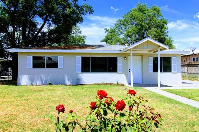 2428 Lorina Avenue, Corcoran, CA 93212 (#204719) :: The Jillian Bos Team