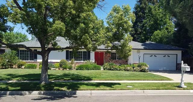 3222 W Dovewood Lane, Fresno, CA 93711 (#204725) :: The Jillian Bos Team