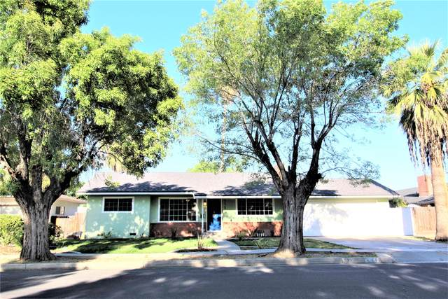 532 N Bates Avenue, Dinuba, CA 93618 (#204771) :: The Jillian Bos Team