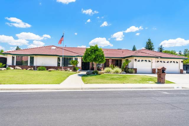 180 Brehler Avenue, Sanger, CA 93657 (#204775) :: The Jillian Bos Team