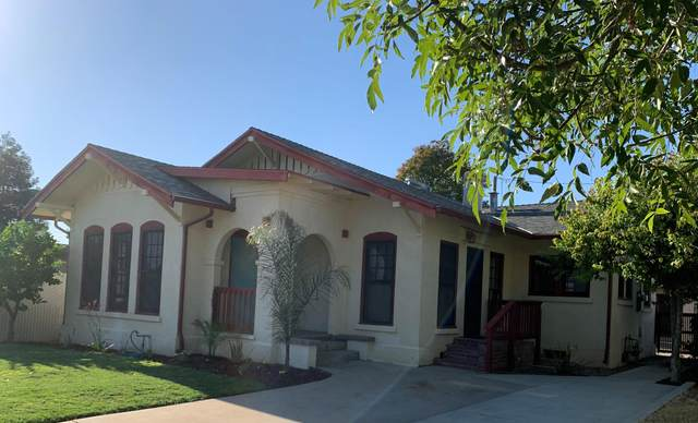 420 E Oak Avenue, Porterville, CA 93257 (#204807) :: Martinez Team