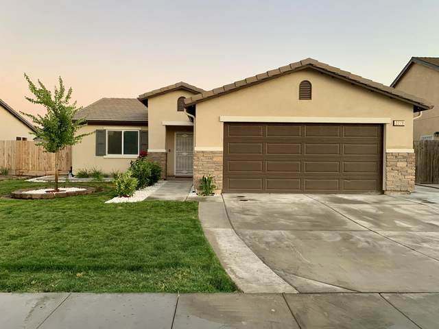 2279 Chism Avenue, Tulare, CA 93274 (#204829) :: Robyn Icenhower & Associates