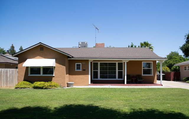 602 N Highland Street, Tulare, CA 93274 (#204847) :: The Jillian Bos Team