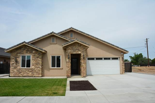 775 N Hayes Avenue, Dinuba, CA 93618 (#204893) :: Martinez Team