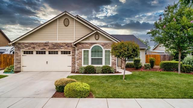 3236 W Oriole Avenue, Visalia, CA 93291 (#204947) :: Anderson Real Estate Group