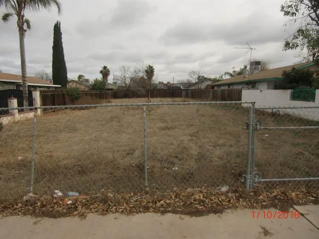 N Newman Road, Tipton, CA 93272 (#205289) :: Martinez Team